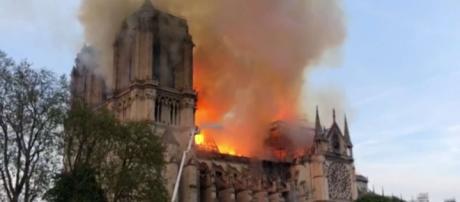 Vaticano expresa conmoción y tristeza por incendio en Catedral de ... - extranoticias.cl