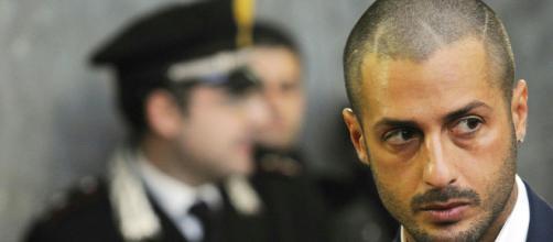 Fabrizio Corona dovrà restare in carcere