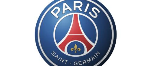 PSG logo - Interesting History of the Team Name and emblem - worldsportlogos.com