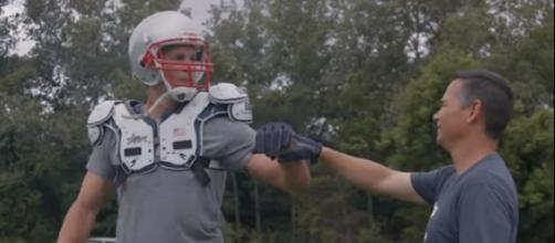 Tom Brady is expected to spend more time with trainer Alex Guerrero in the offseason. - [TB12 Sports / YouTube screencap