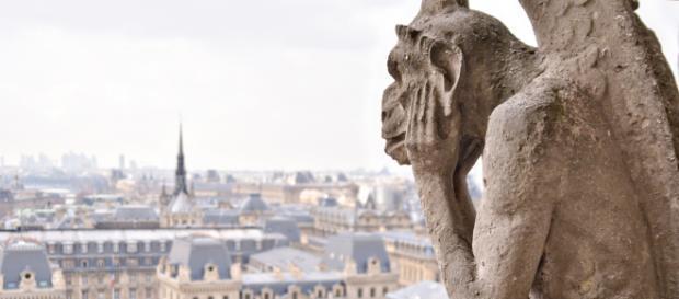 Uno dei golem della Cattedrale di Notre Dame di Parigi.