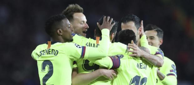 Manchester United 0-1 Barcelona: Luke Shaw own-goal hands United ... - com.au