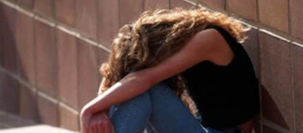 Reggio Calabria, tre giovani arrestati per aver violentato in spiaggia una diciottenne   thesocialpost.it