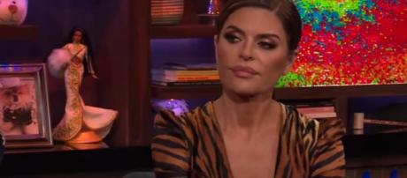 Real Housewives of Beverly Hills, Lisa Rinna denied she leaked anything about Puppy Gate - Image credit - WWHL with Andy Cohen | YouTube