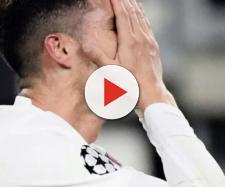 Juventus: Cristiano Ronaldo deluso e arrabbiato dopo l'eliminazione dalla Champions League.
