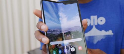 Samsung galaxy fold reviews drop following screen breaking - Image credit - Marques Brownlee