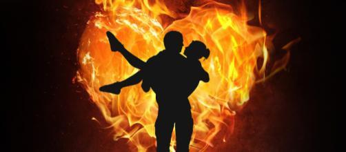 Oroscopo 16 maggio: Scorpione in vena di flirt, Cancro geloso