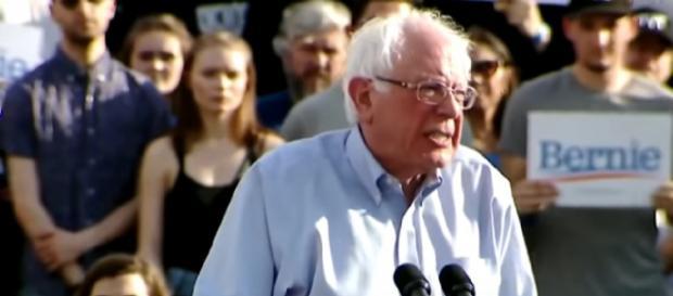 Bernie Sanders attacks Trump's lies as 2020 field grows. [Image source/CBS News YouTube video]