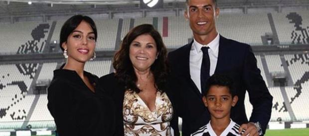 Dolores, madre di Cristiano Ronaldo: 'Mi ha detto Mamma non faccio miracoli'