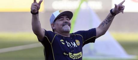 Diego Maradona, um dos melhores argentinos de todos os tempos. (Arquivo: Blasting News)