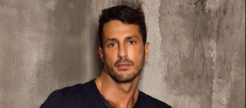 Milano, Fabrizio Corona dovrà scontare in carcere anche i 5 mesi di affidamento | foto - cinemanews.it