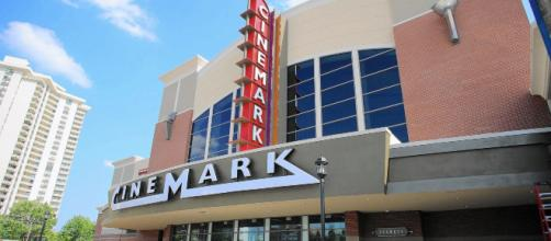 Cinemark não vai mais exibir documentário sobre o golpe de 64. (Foto: Arquivo Blasting News)