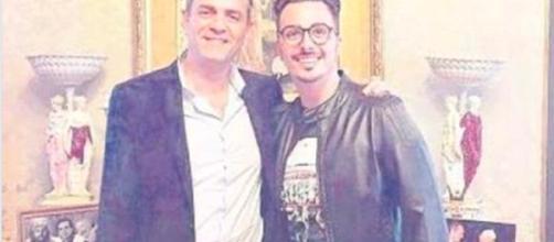 Nozze trash a Napoli, de Magistris con Tony Colombo in campagna elettorale - Il Mattino