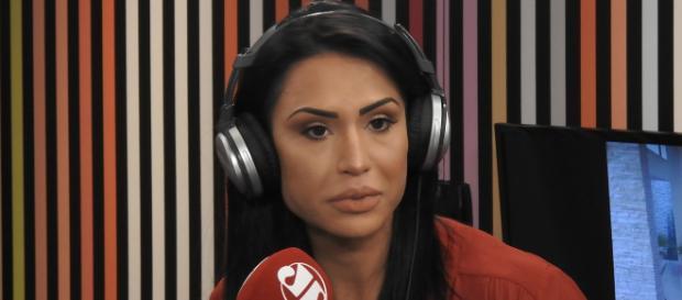 Gracyanne Barbosa comenta vídeo de Viviane Araújo. (Arquivo Blasting News)