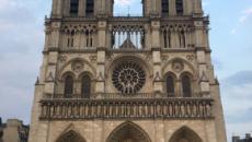 Las donaciones para restaurar Notre Dame generan debate al compararse con otras tragedias