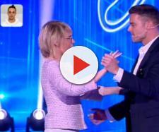 Amici: Maria De Filippi sfida 'Ballando' facendo un passo a due con Ricky Martin