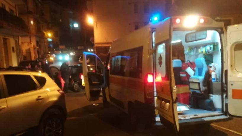 Calabria, 20enne travolto da un'autovettura: è in terapia intensiva
