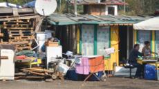Il Giornale: a Milano i nomadi vivono in ville, non pagano bollette e chiedono il RdC