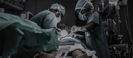 Que feront les médecins de demain : réparer ou augmenter ?