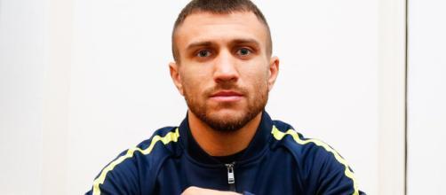 Vasiliy Lomachenko, campione mondiale dei pesi leggeri Super WBA e WBO, per 'The Ring' è il miglior pugile pound for pound