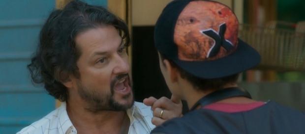 Bebeto e Nicolau discutindo. (Reprodução/TV Globo)
