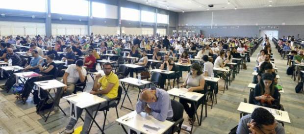 Concorsi pubblici nella Sanità: selezione per amministrativi a Caserta, dirigenti medici a Catania e Oss ad Andria