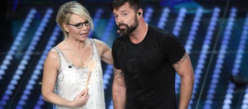 Spoiler Amici, 5ª puntata: Ricky non ci sarà il 27 aprile, John Travolta forse ospite