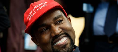 Apaixonado por animes, Kanye West assume ser nerd. (Arquivo Blasting News)