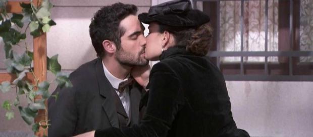 Una Vita, trame: la vedova di Pablo apprende che Inigo è il fratello di Flora