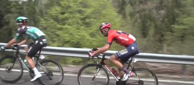Vincenzo Nibali all'attacco con Majka