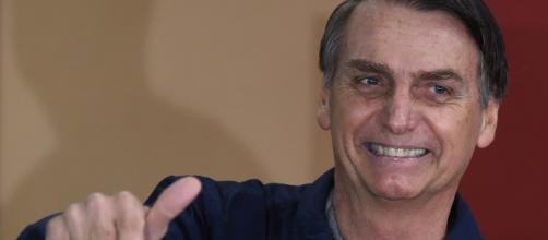 Presidente Jair Bolsonaro decretou o fim do horário de verão. (Arquivo Blasting News)