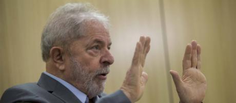 Lula elogia Mourão em sua primeira entrevista na prisão (Arquivo Blasting News)