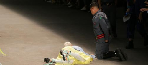 Modelo passou mal durante o desfile. (Arquivo Blasting News).
