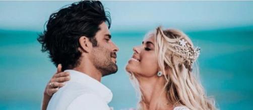A modelo se casou em janeiro deste ano com o empresário Jorge Sestini. (Reprodução/Instagram/@cabitten)