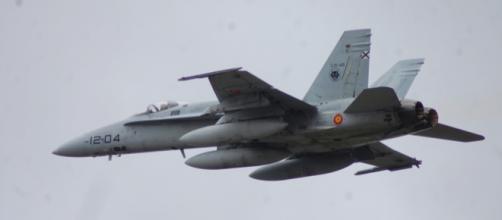 """Los F-18 del Destacamento """"Vilkas"""", lobo, en rumbo a Lituania en la misión BAP"""