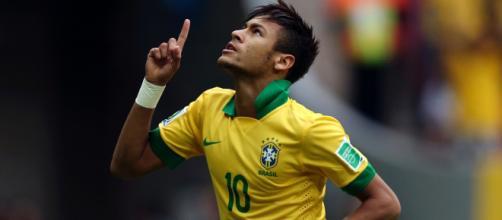 Neymar comemora mais um gol com a camisa do Brasil. (Arquivo Blasting News)