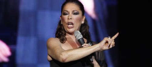 Isabel Pantoja sale en libertad y regresa a la música | 800Noticias - 800noticias.com