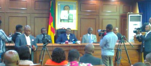 Le Ministre des transports Ngalle Bibehe Jean Ernest Masséna © Odile Pahai