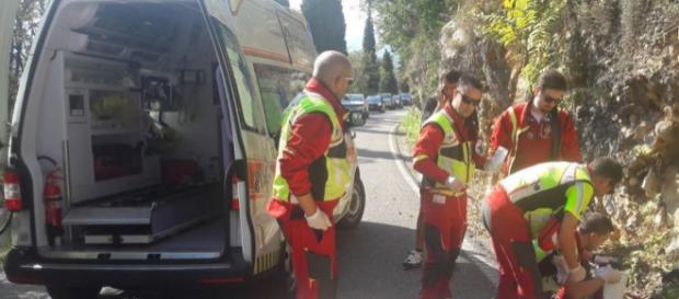Calabria, giovane precipita da 10 metri e muore