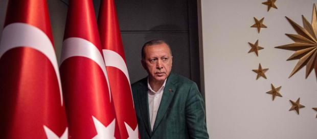 Erdogan sconfitto nelle grandi città, ma la Turchia è ancora sua