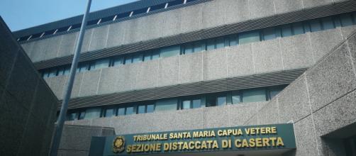 Il Gip del Tribunale di Santa Maria Capua a Vetere ha emesso un'ordinanza di arresto nei confronti di un imprenditore per violenza e stalking
