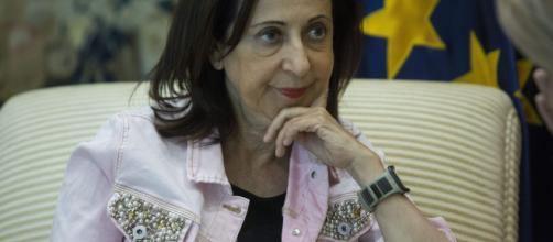 Margarita Robles, la única ministra que no ha ganado el 28-A