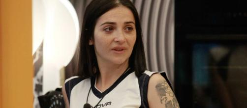 Serena Rutelli rifiuta la mamma biologica
