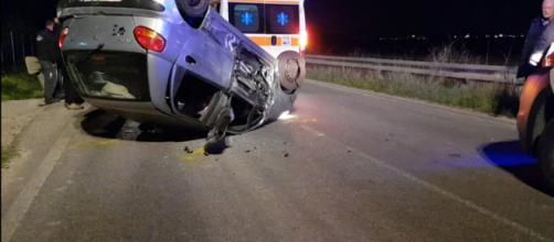 Brindisi, incidente frontale sulla ex Ss16: due feriti, coinvolto un trattore