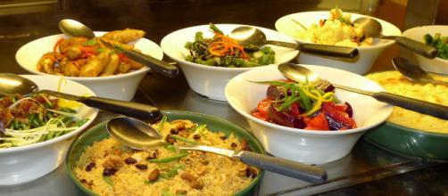 Los alimentos distribuidos en raciones moderadas favorecen la digestión. - pxhere.com