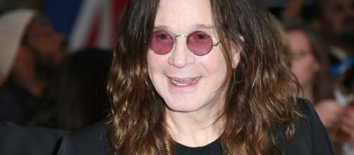 Ozzy Osbourne si è fatto male dopo una caduta, tour rimandato al 2020
