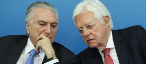 Temer e Moreira Franco podem ter sido informados sobre prisão horas antes - (Arquivo Blasting News)
