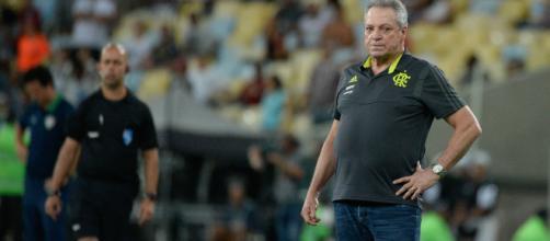 Abel Braga terá que trabalhar os nervos de seus jogadores. (Arquivo Blasting News)