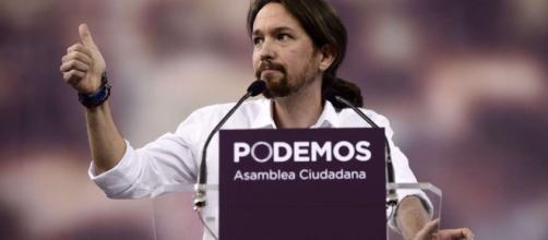 Pablo Iglesias quiere limitar los sueldos de los parlamentarios