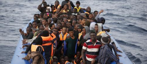 Alan Kurdi cambia rotta dopo il no di Lampedusa